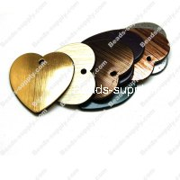 Wood Grain Plastic Heart 37mm*36mm, Assorted Color