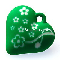Beads,13x34x35mm satin rose heart beads,green rubberized beads,sold of 100 pcs per pkg